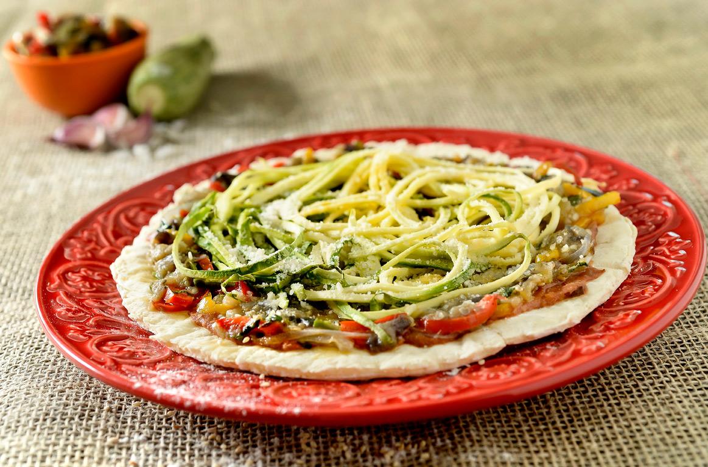A pizza brotinho Veggie, que tem parmesão vegano (Foto: Tadeu Brunelli/Divulgação)